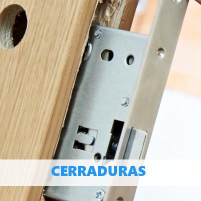 Hacer un agujero para la cerradura de una puerta